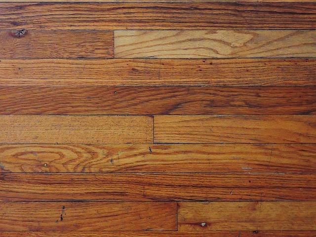 Deski podłogowe - olejowane czy lakierowane?