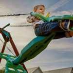 Jaki rodzaj nawierzchni zastosować na placu zabaw?