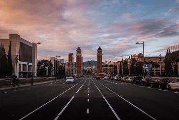 Jak tanio podróżować po Hiszpanii?
